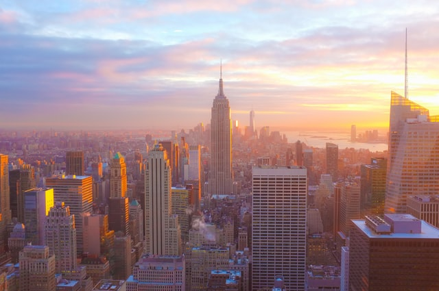 Alt: An aerial view of New York, check out common concerns NYC small business owners have